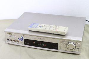 S-VHSデッキ